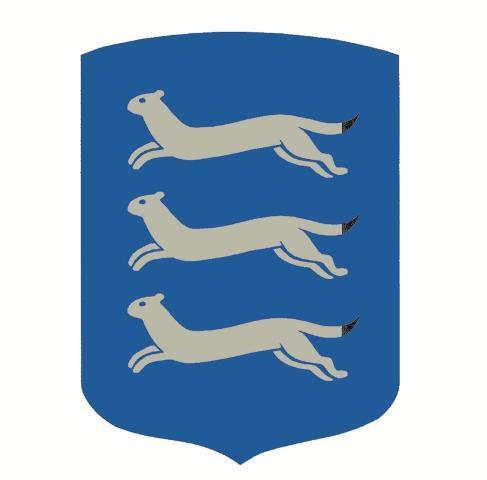 Etelä-Pohjanmaan vaakuna, jossa sinisessä kentässä on alatusten kolme juoksevaa hopeista kärppää.