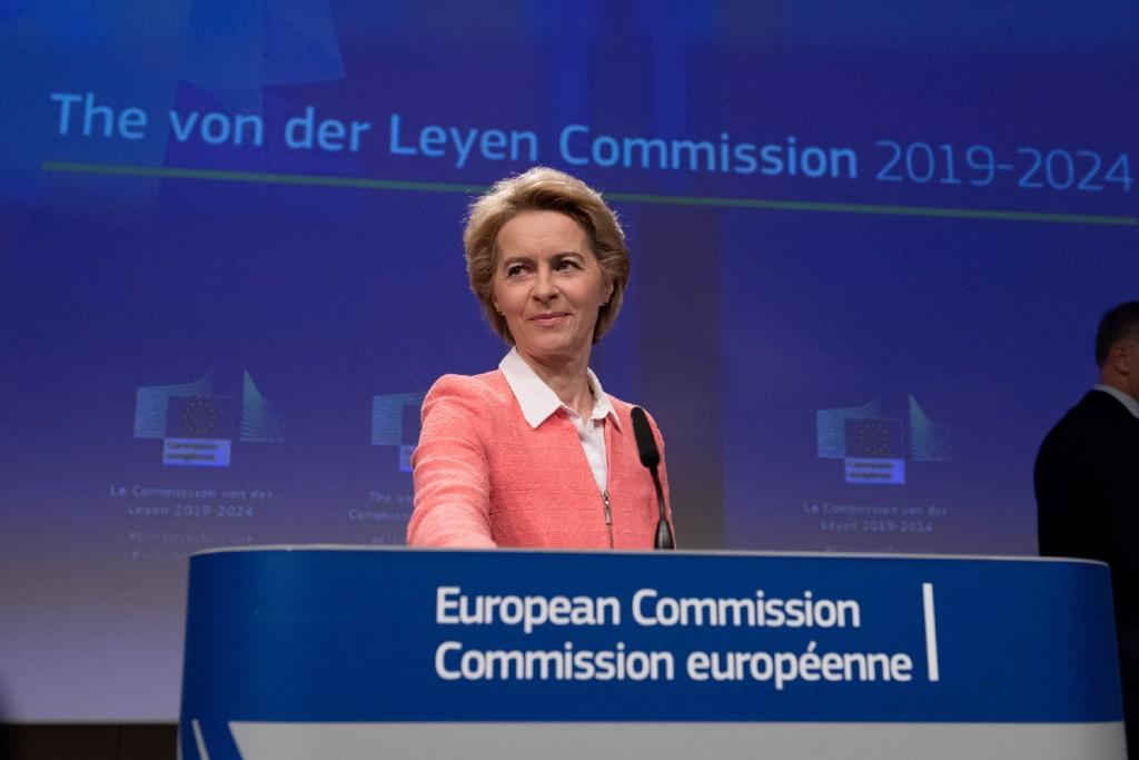 Euroopan komission puheenjohtaja Ursula von der Leyen.